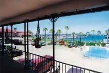 Darien Hotels